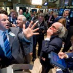Borsa: nei primi sei mesi scambi scesi del 3%, Fineco prima per volumi intermediati